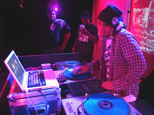 dj-chad-t-mobile-party-11